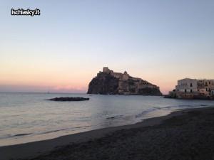 "Tutti al Castello Aragonese d'Ischia per ""Amici in arte"""