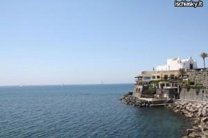 A Forio d'Ischia grande affluenza per gli itinerari artistico-culturali organizzati dall'Associazione Vicoli Saraceni