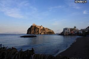 Venerdi' l'Ordinazione di Gianfranco del Neso e Marco D'Orio ad Ischia Ponte