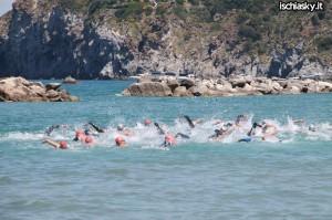 Ischia Sunset Triathlon vince per la terza volta Alessandro D'Ambrosio