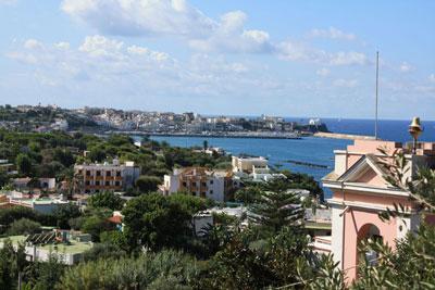 Ischia - Cittadinanza onoraria all'ambasciatore Sabri Atehey