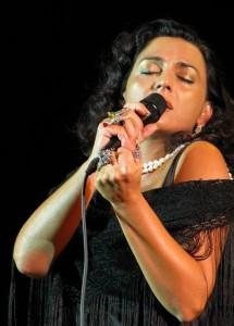 Eventi 2009 - Franca Masu canta la Sardegna nel borgo di Sant´Angelo