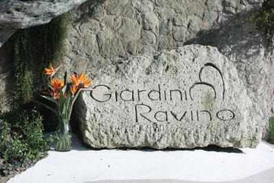 Ischia - Giardini Ravino, Fra arte ed artigianato