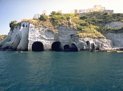 Ponza, l'altra Ischia