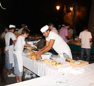 Eventi 2011 - Sausicciata - Sagra della salsiccia e del vino con musica folk e cabaret
