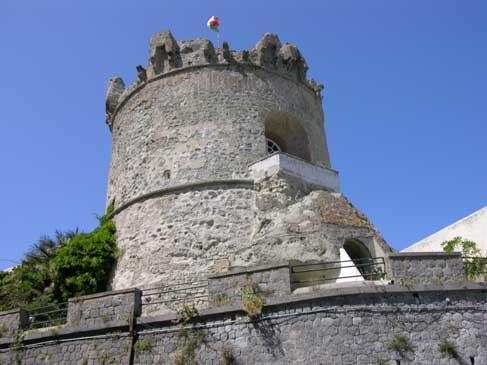 Ischia, Forio - Al Torrione Paolo May dal 17 ottobre