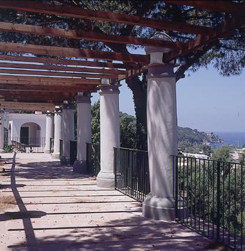 Ischia - Continuano con grande riscontro di pubblico gli appuntamenti a villa Arbusto