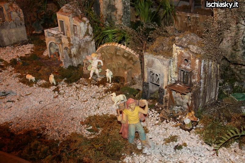 Il Presepe nella fontana a Forio d'Ischia