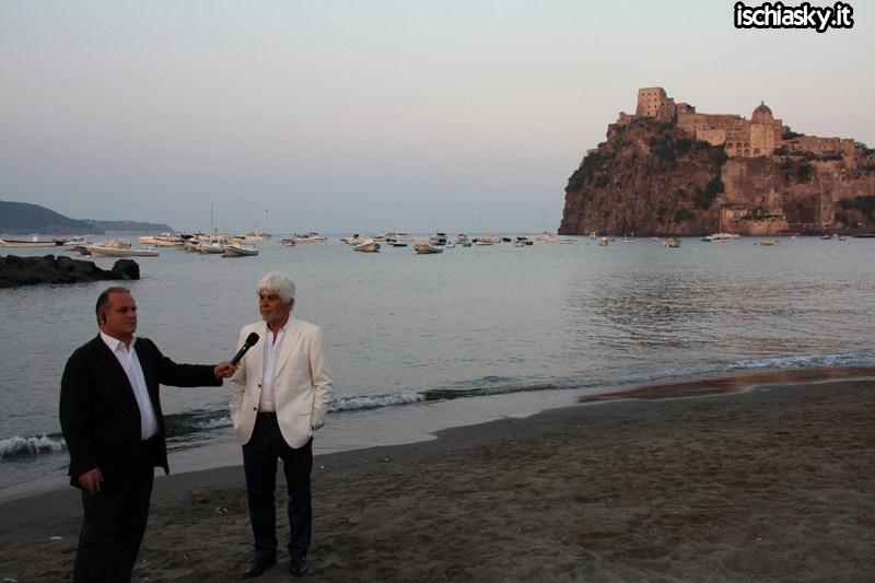 Ischia Global - Spiaggia del Miramare e Castello