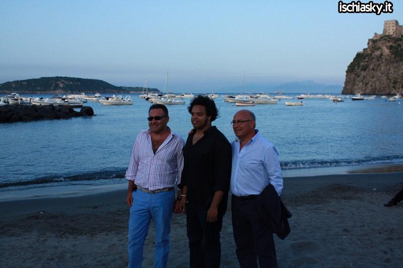 Ischia Global - Spiaggia Miramare e Castello
